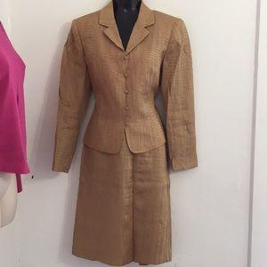 Kasper size 8 brown skirt suit set